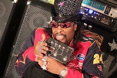 Bootsy Collins Hooks Up With Fission Bass Powerchord FX Pedal
