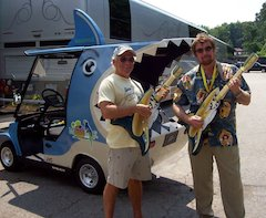 Jimmy Buffett Tour Features Peavey®-Designed SharKart™ Mobile Music & Videogame Experience