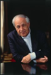 Boulez wins the BBVA Foundation Frontiers of Knowledge Award for the influence of his compositions and his engagement with musical thought and transmission